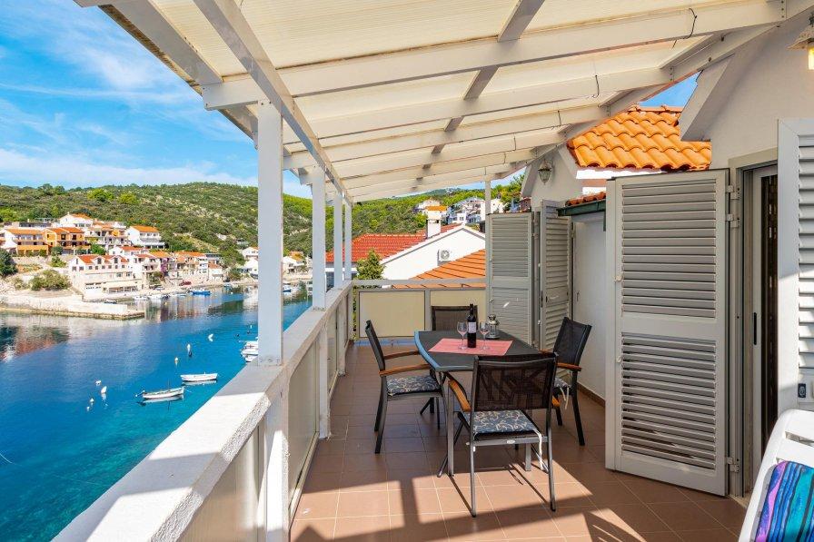 Apartment in Croatia, Zavalatica