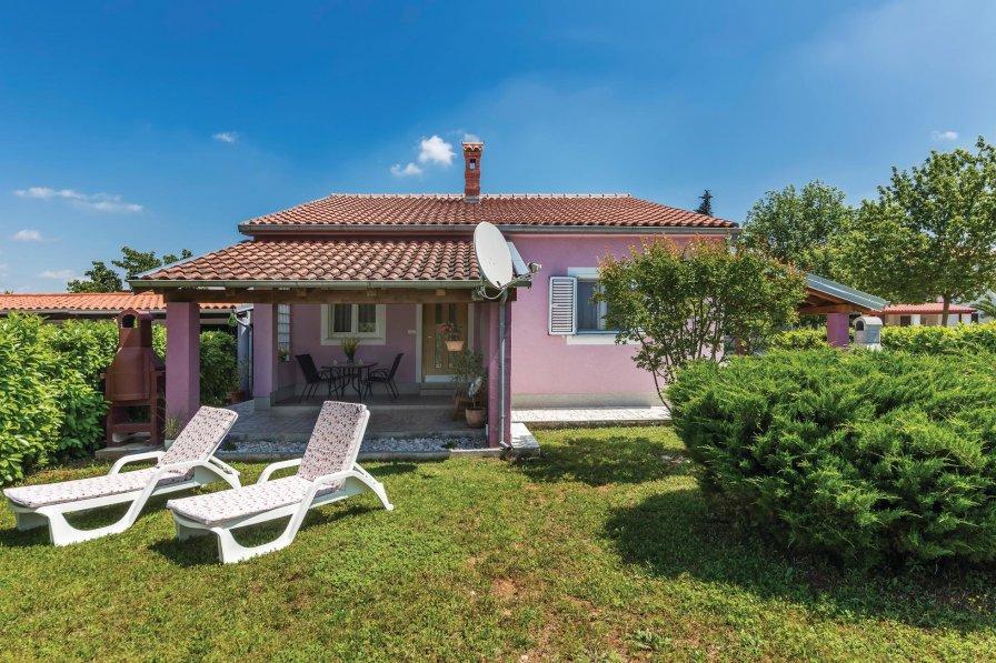 Villa in Croatia, Valbandon