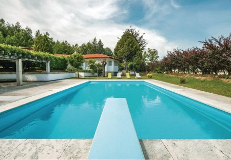 Villa in Lordelo, Portugal