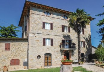 5 bedroom Villa for rent in Perugia