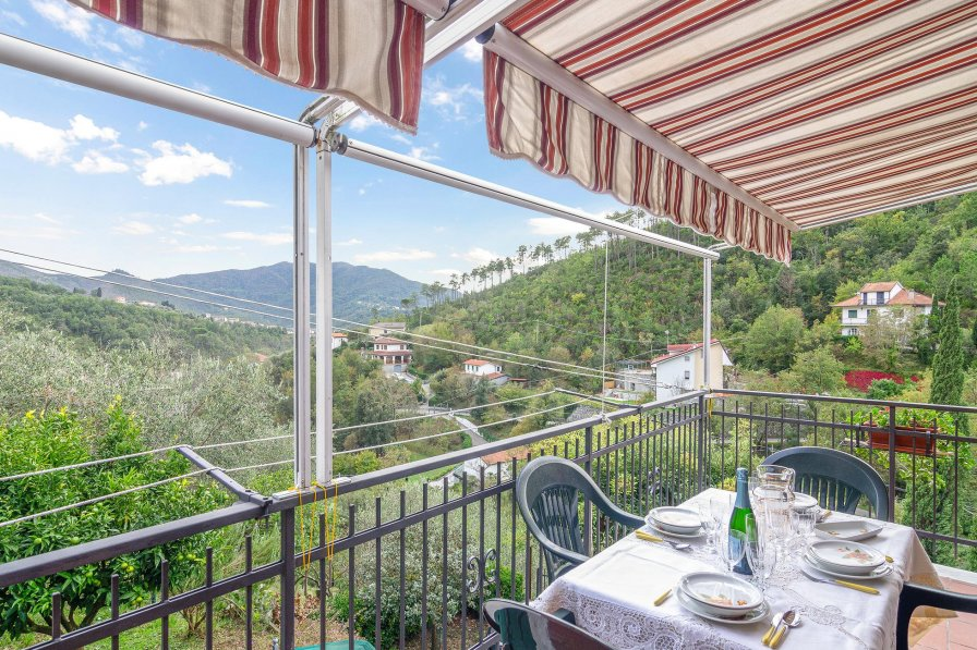 Apartment in Italy, Casarza Ligure