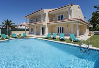 5 bedroom Villa for rent in Ericeira