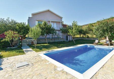 Villa in Crivac, Croatia