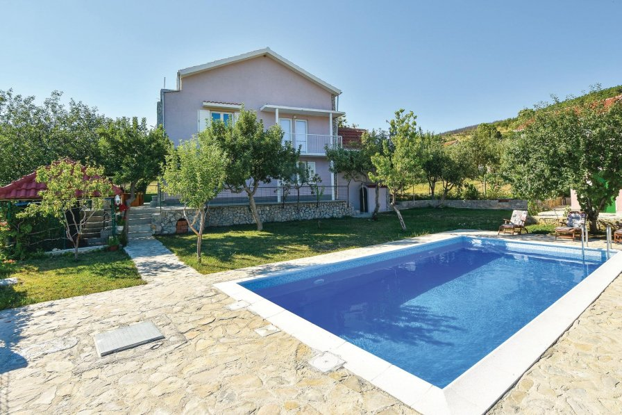 Villa in Croatia, Crivac