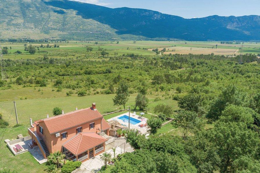 Villa in Croatia, Kostrčani