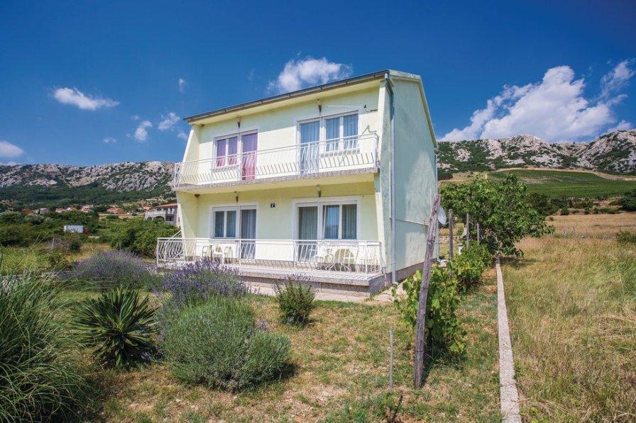 Apartment in Croatia, Draga Bašćanska