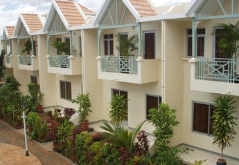 Villa in Mauritius, Flic en Flac Beach: Sandycove Villas- 7 x 3 bedroom villas