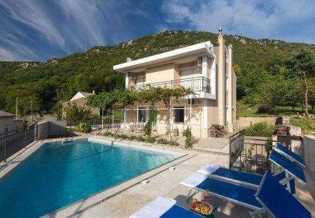 Villa in Mali Dol, Croatia