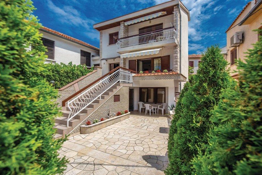 Studio apartment in Croatia, Jadranovo