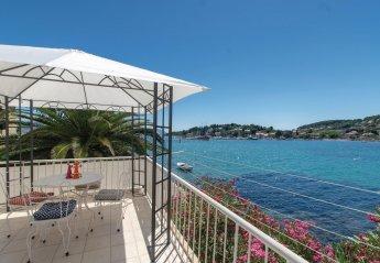 4 bedroom Villa for rent in Lumbarda
