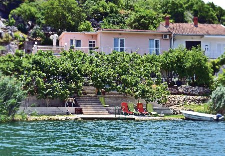 Apartment in Baćina, Croatia