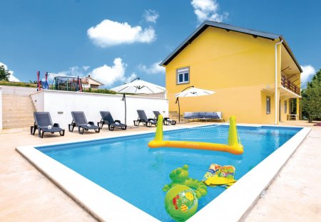 Villa in Nadin, Croatia