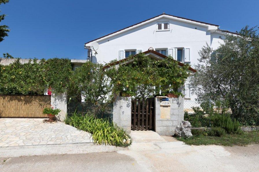 Villa in Croatia, Paradiž