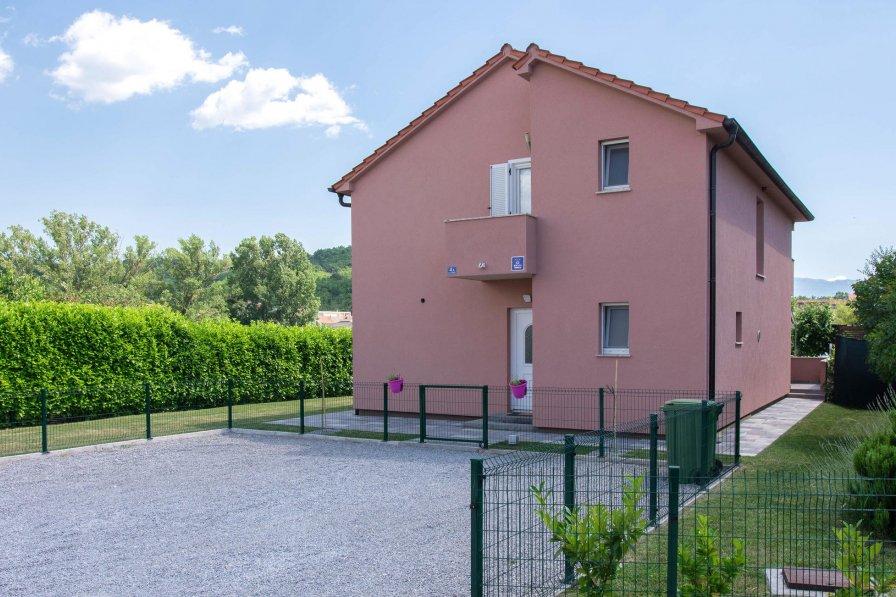 Villa in Croatia, Trilj