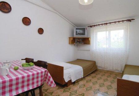 Apartment in Jadrtovac, Croatia