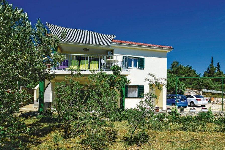 Villa in Croatia, Brodarica