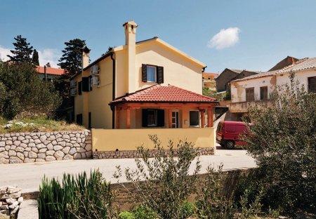 Villa in Kolan, Croatia