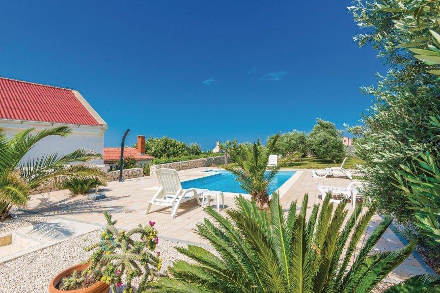 Villa in Croatia, Rtina