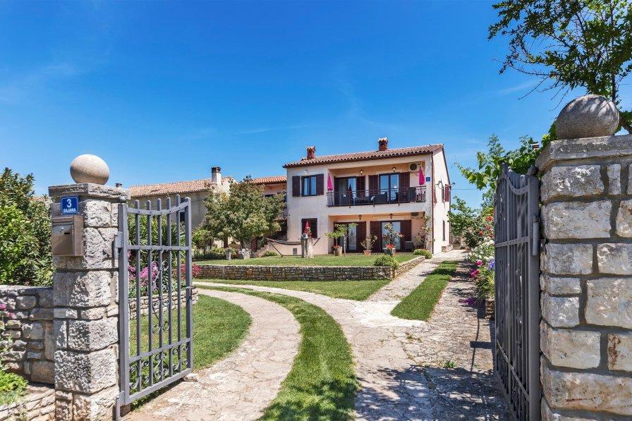 Apartment in Croatia, Gajana