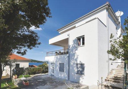 Apartment in Ražanj, Croatia