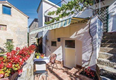 Studio Apartment in Lakmartin, Croatia