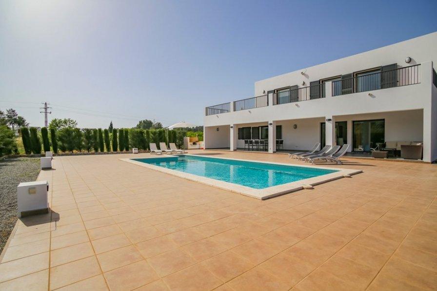 Villa Fruitera