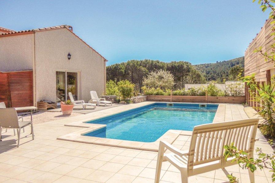 Aude villa to rent