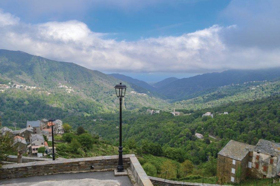 Villa to rent in Corsica