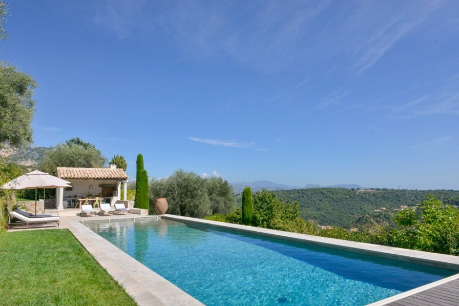 Villa in France, Plan de Noves