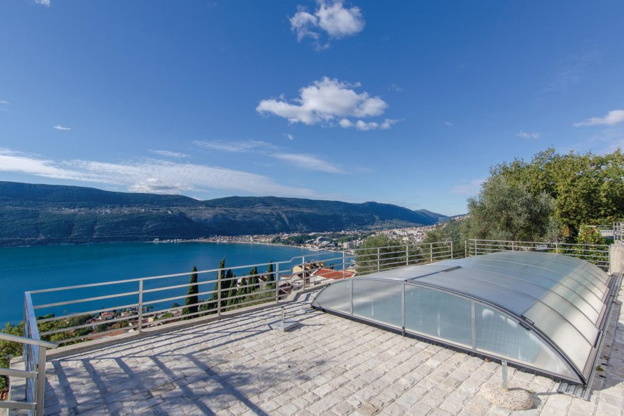 Apartment to rent in Herceg Novi