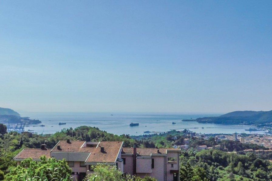Villa in Italy, La Spezia: