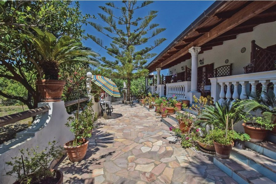 Villa in Italy, Forio