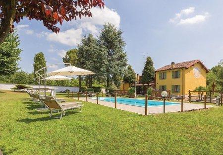 Villa in Monzambano, Italy