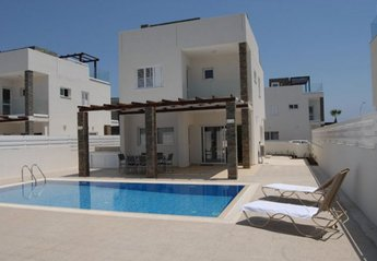 0 bedroom Villa for rent in Protaras