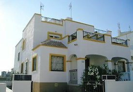3 bed 2 bath house La Marina