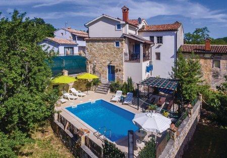 Villa in Karojba, Croatia