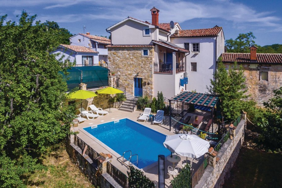 Villa in Croatia, Karojba