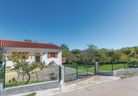 Villa in Santalezi, Croatia