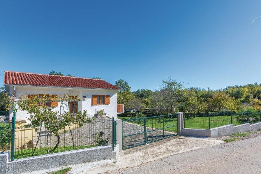 Villa in Croatia, Santalezi