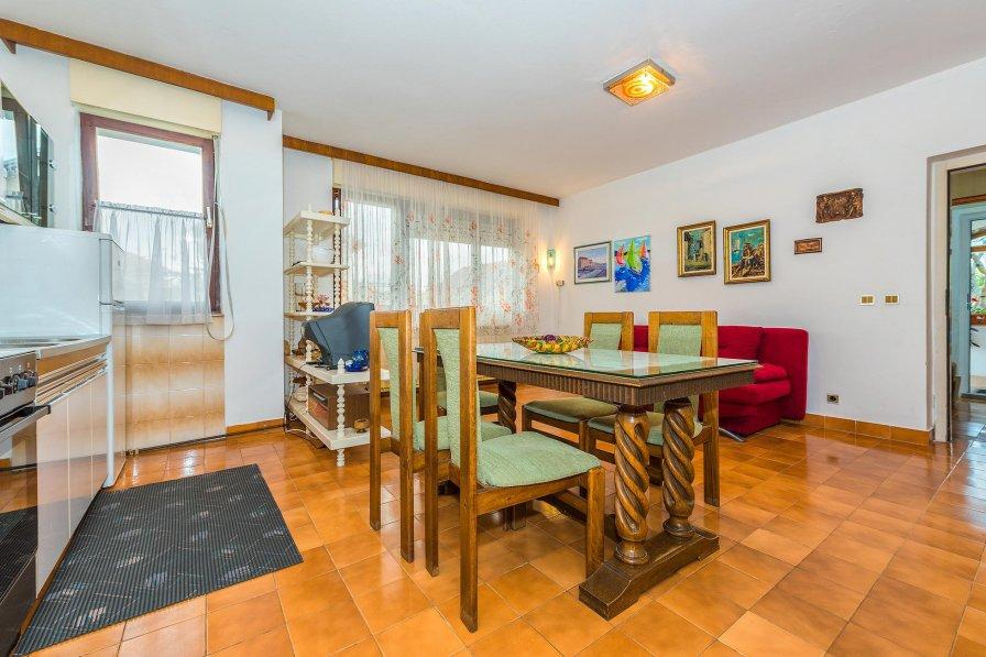 Apartment in Croatia, Tribunj