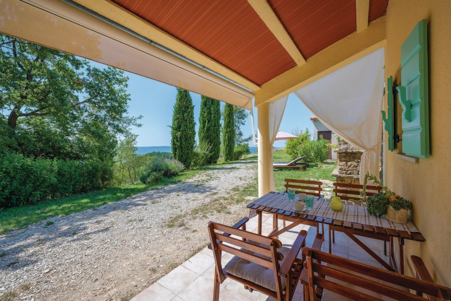 Villa in Croatia, Oprtalj