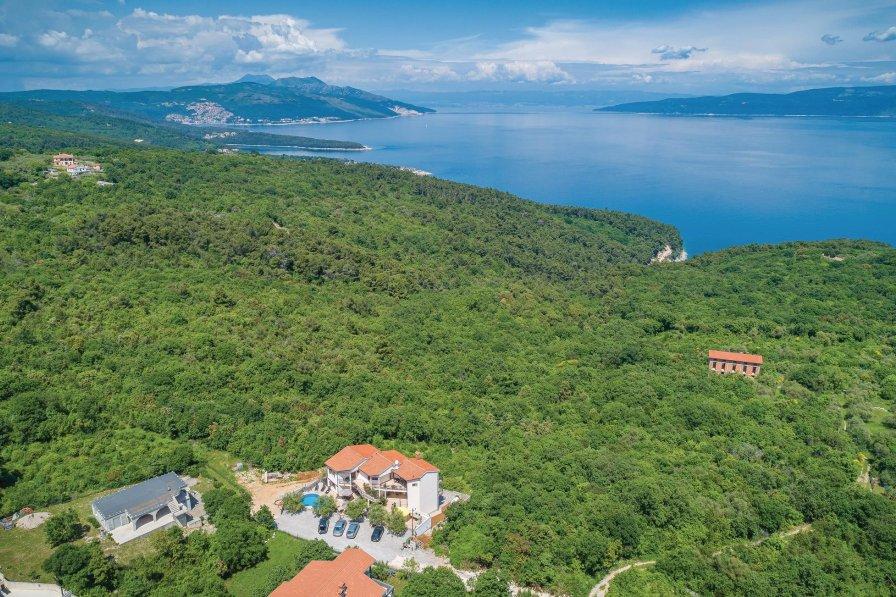 Apartment in Croatia, Drenje