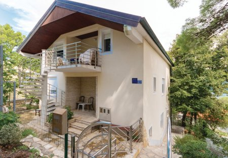 Apartment in Donji Karin, Croatia