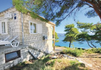 2 bedroom Apartment for rent in Lumbarda