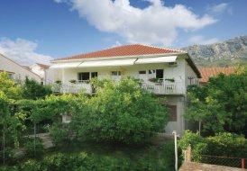 Apartment in Kaštel Gomilica, Croatia