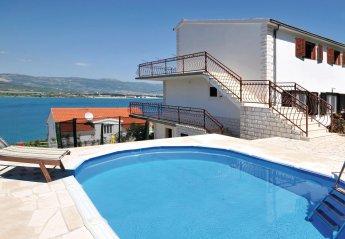 4 bedroom Villa for rent in Trogir