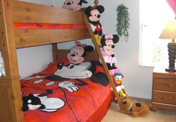 Villa in USA, The Retreat: Disney Bedroom with Double Bottom Bunk, Single Top Bunk