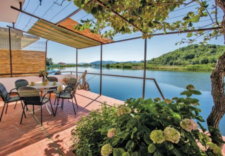 Villa in Pržinovac, Croatia