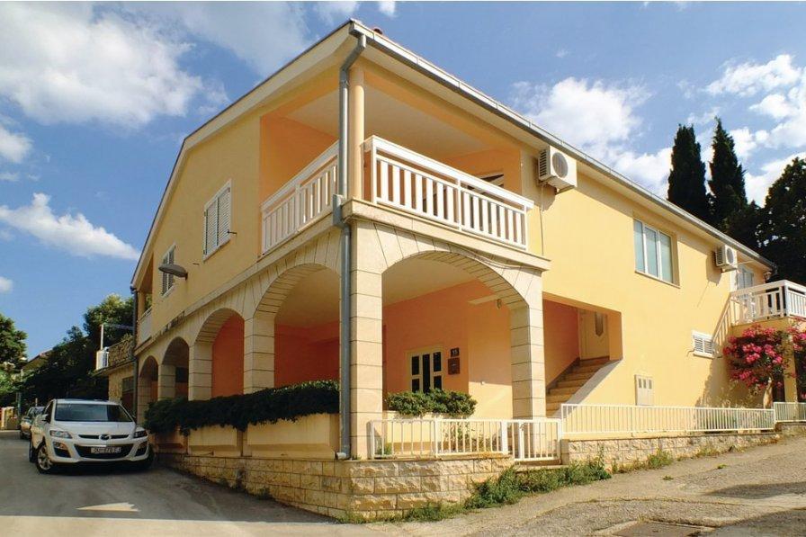 Apartment in Croatia, Podaca
