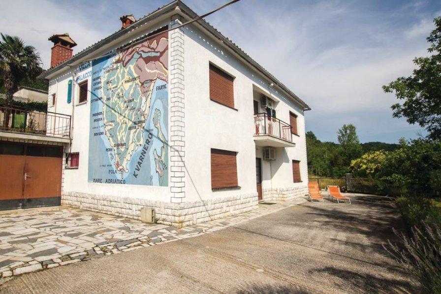 Apartment in Croatia, Krbune